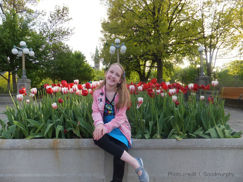 Girls Enjoying tulips in Ottawa, Tulip Festival in Spring