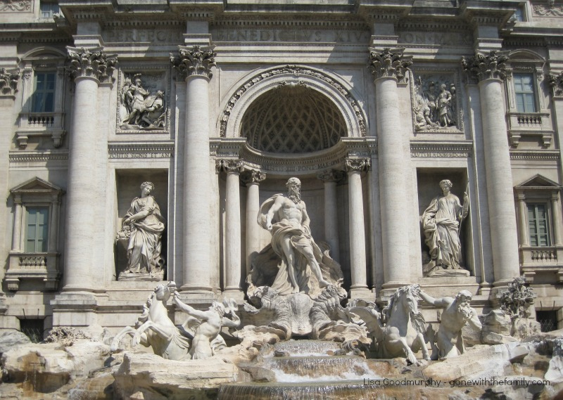how to travel to rome with the family
