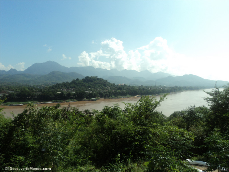 Travel along the Mekong River