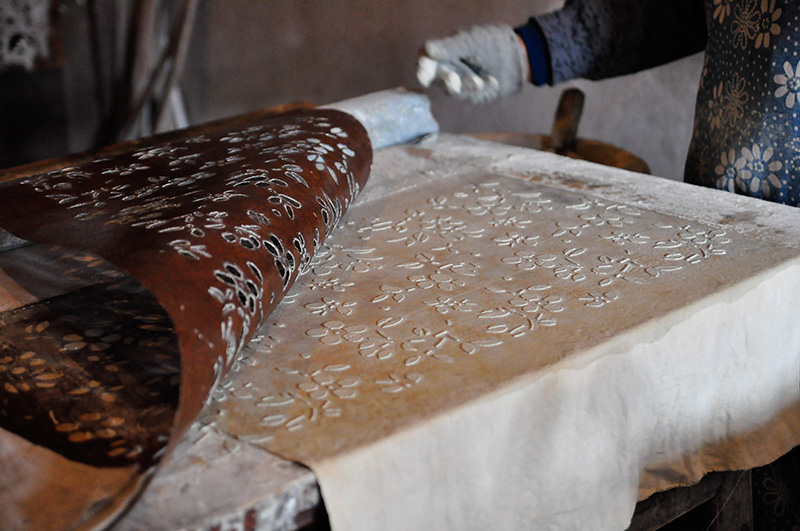 Handmade leather bags being made in Wuxi, China