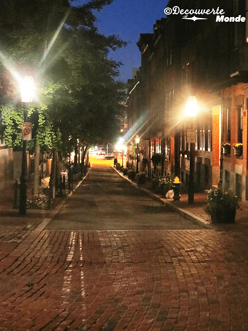 Boston's Beacon Hill neighbourhood at night