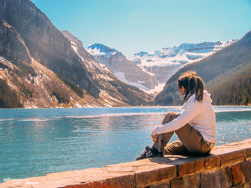 Canadians visiting lake louise with travel insurance