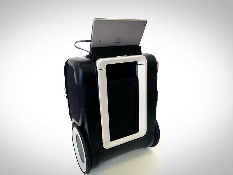 G-RO, smart luggage for business travellers