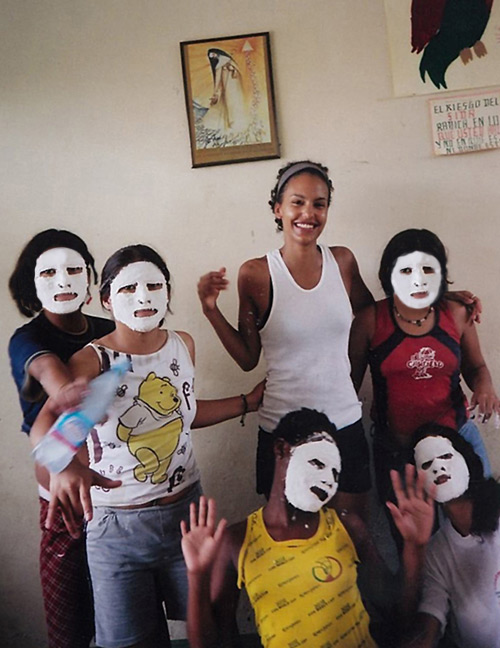 Voluntourism- Working on a plaster mask art project in Ecuador!