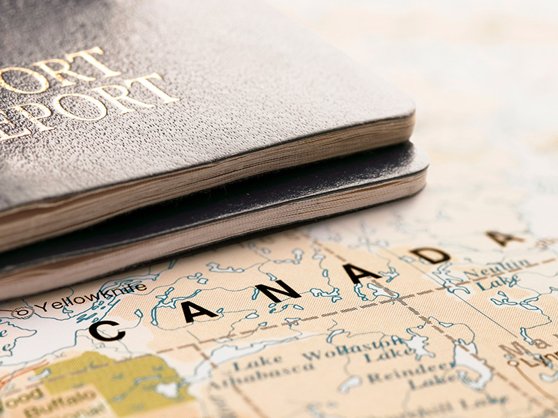 dual citizens passport travel to canada