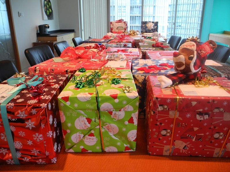 charity gift hampers corporate social responsibility