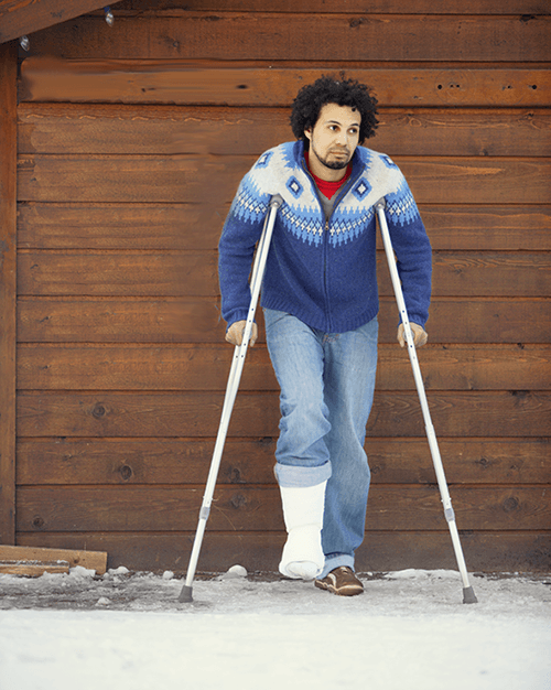 man with a broken leg from skiing