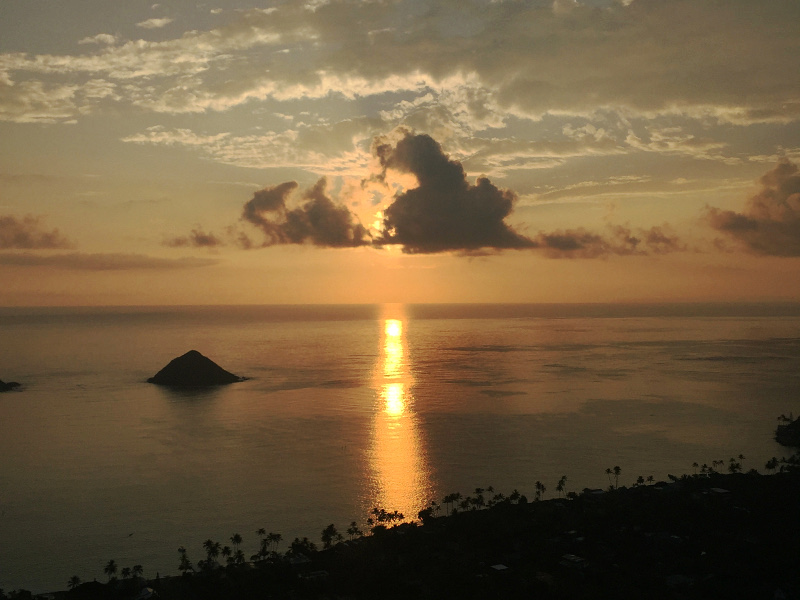 Lanikai Pillbox Trail at sunrise