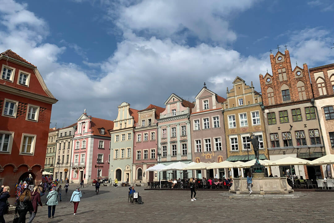 poznan-old-town-market-square